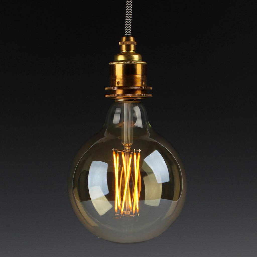 ast lampe befestigen leuchtenbau. Black Bedroom Furniture Sets. Home Design Ideas